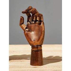 Main articulée en bois teinté - Femme